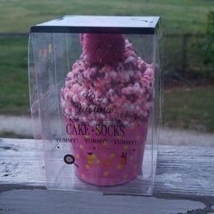 Raspberry cupcake socks